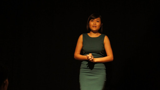 Wei Ling performing in Small Stage series